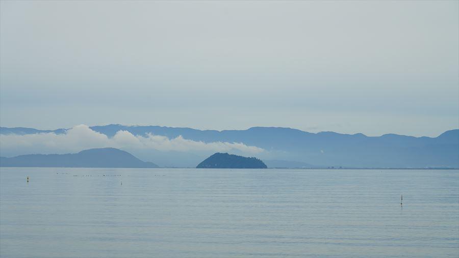 竹生島遠景